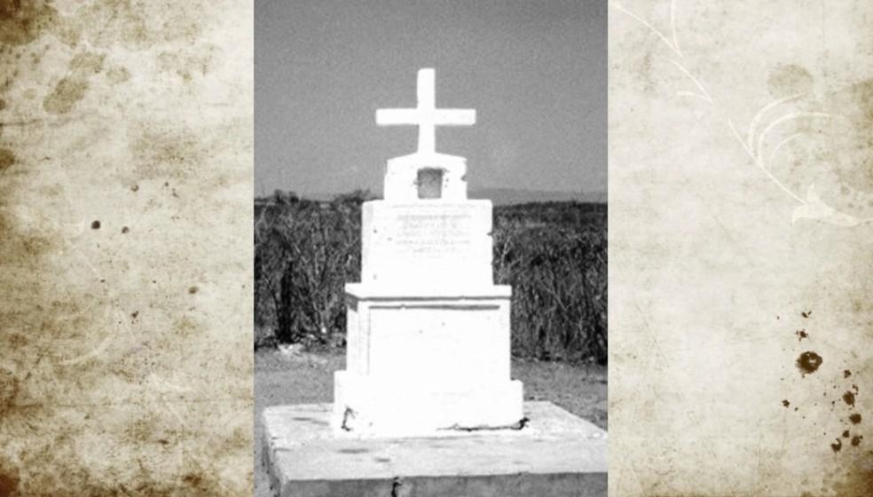 O antigo mausoléu mudou de local em 1989 quando o açude foi construído (Foto: Reprodução/Inter TV Cabugi)
