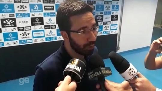 """Diretor do Grêmio descarta negociação com Eto'o: """"Surgiu e não caminhou"""""""