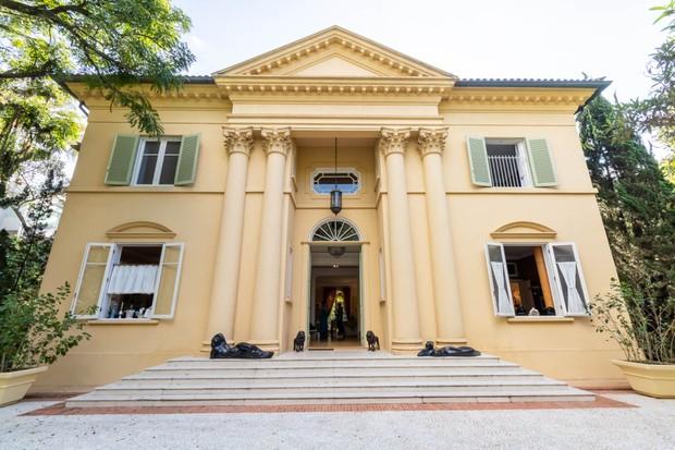 Casa na Chácara Flora celebra a arquitetura de Andrea Palladio