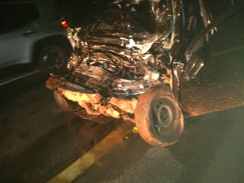 O acidente ocorreu por volta de 1h30 desta segunda-feira (15) — Foto: Reprodução/SVM