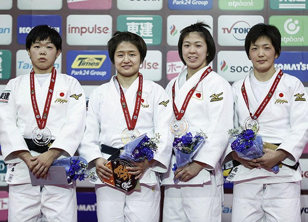 Pódio 100% japonês na categoria até 57kg no Grand Slam de Tóquio (Foto: Divulgação IJF)