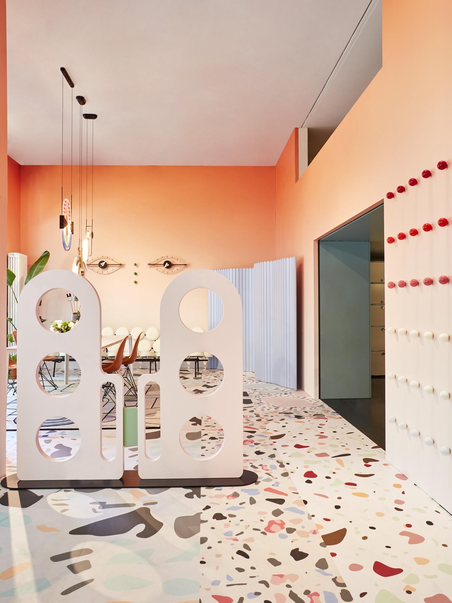 Décor do dia: profusão de cores na sala de estar (Foto: Omar Sartor/Divulgação)