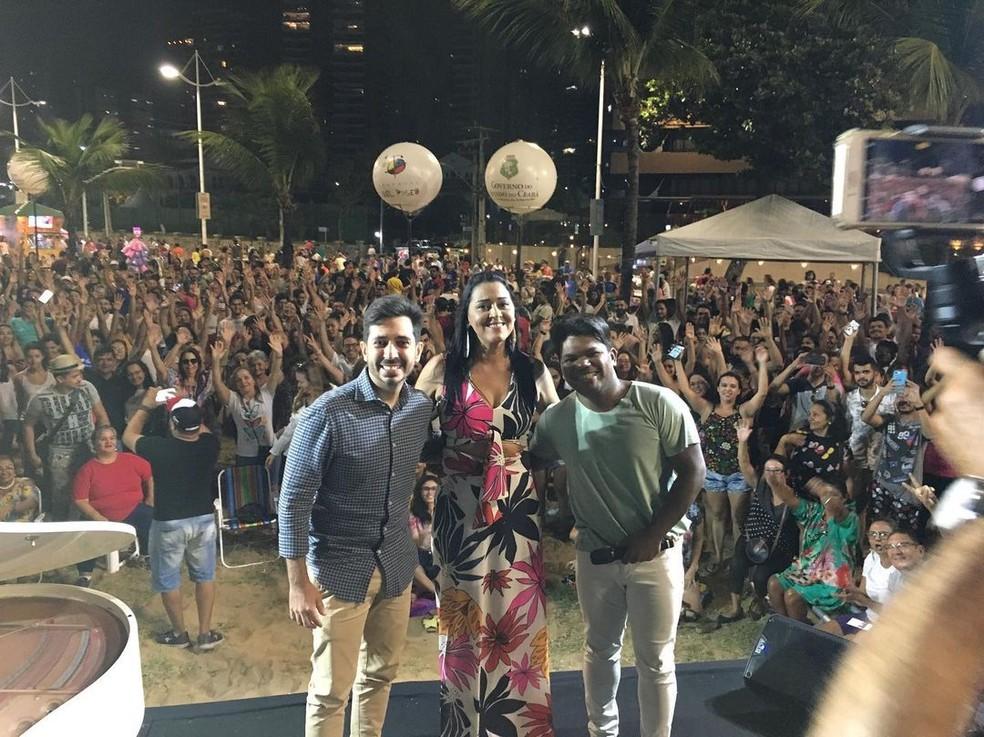Iara Pamella em show em Fortaleza, antes da pandemia — Foto: Arquivo pessoal