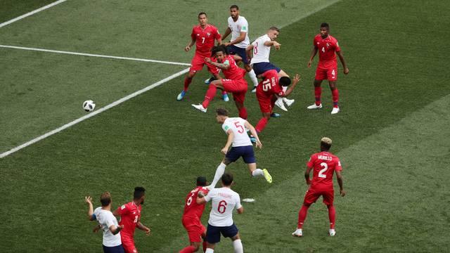 Gol da Inglaterra - Stones