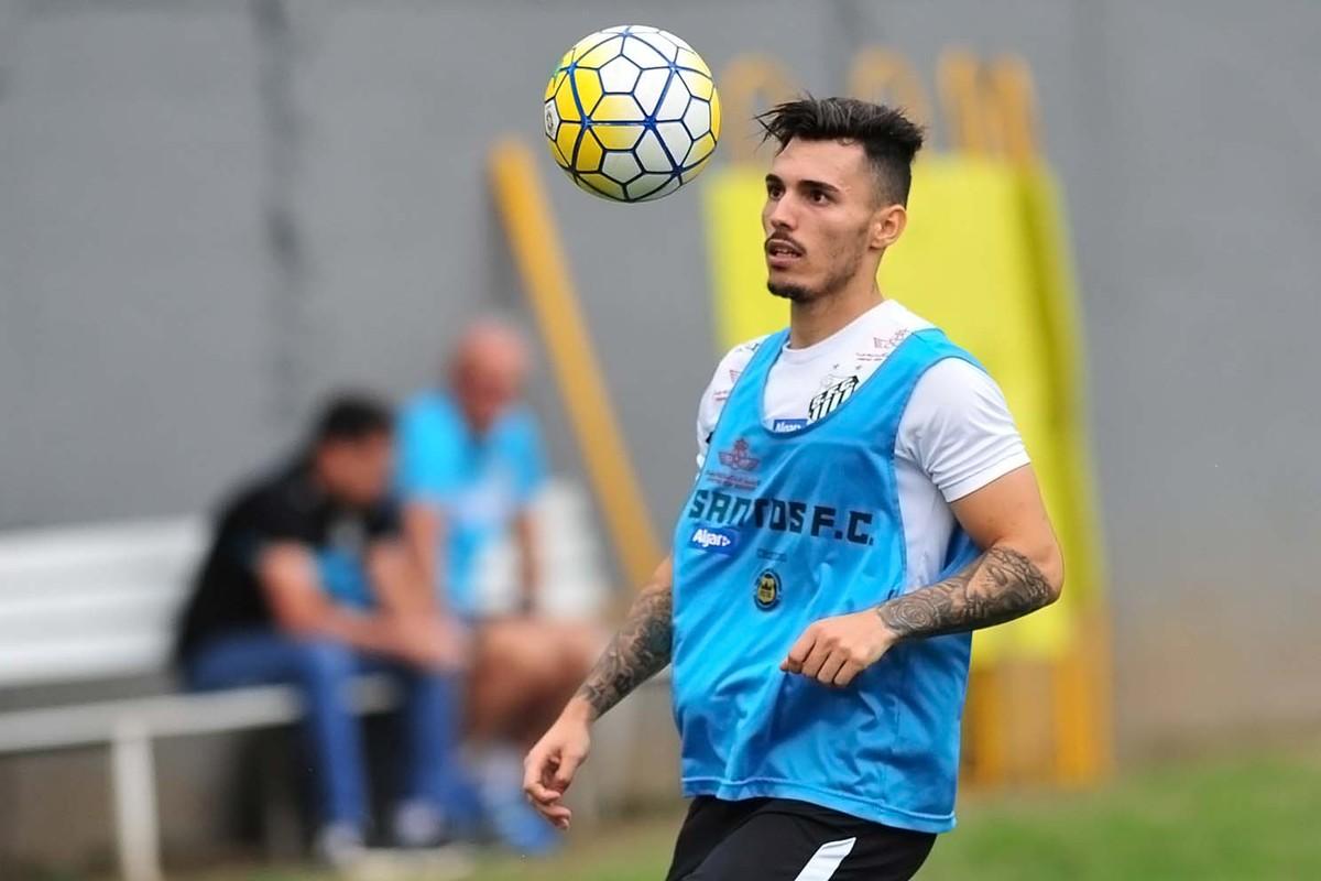 6763bed00e221 Inter mostra interesse na contratação de Zeca  Santos quer Sasha em  definitivo