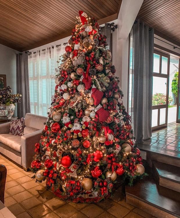 A árvore de Natal de Thássia Naves  (Foto: Reprodução/Instagram )