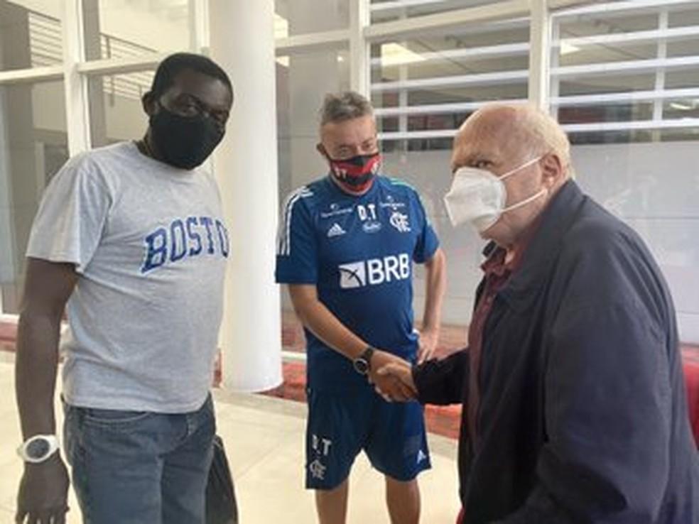 Domènec Torrent conhece George Helal e Deni no Flamengo: É um privilégio