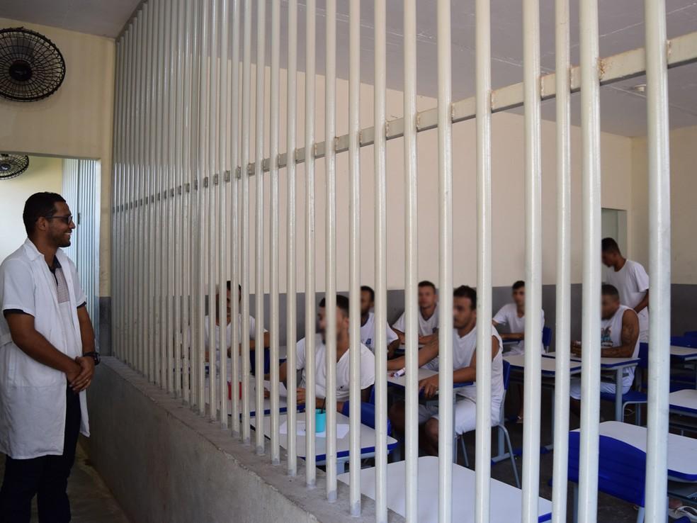 Aulas ministradas dentro da unidade 'Capão Grande', em Várzea Grande — Foto: TJMT/ Assessoria