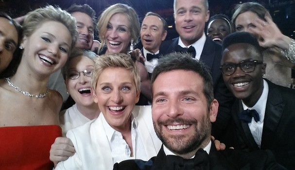 A icônica selfie no Oscar (Foto: Getty Images)