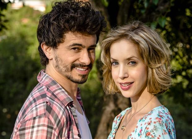 Lázaro Menezes e Kiara Sasso (Foto: Caio Gallucci)