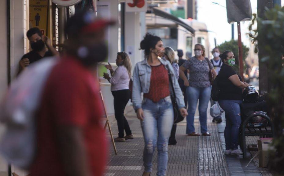 Isolamento cai com flexibilização da quarentena em São Carlos, Araraquara, Rio Claro e Araras
