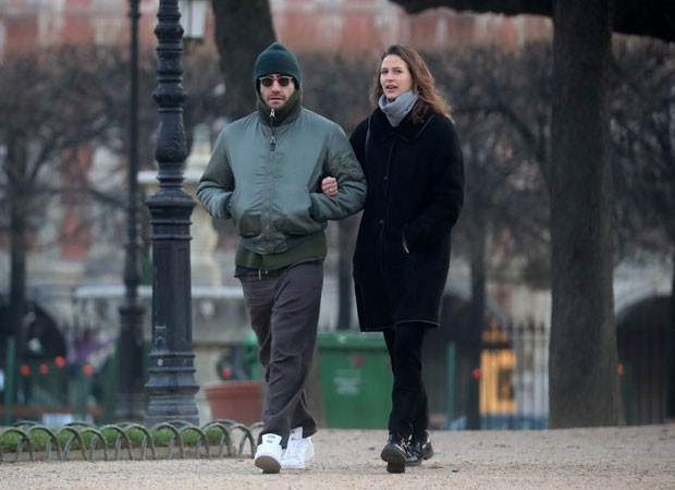 Jake Gyllenhaal e Jeanne Cadieu (Foto: The Grosby Group)