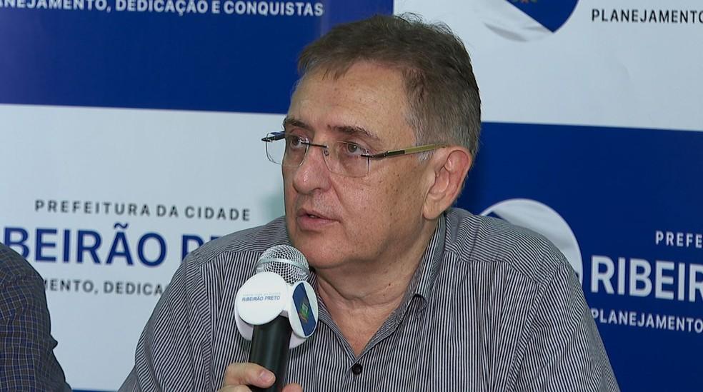 Secretário de Saúde de Ribeirão Preto, Sandro Scarpelini — Foto: Reprodução/ EPTV