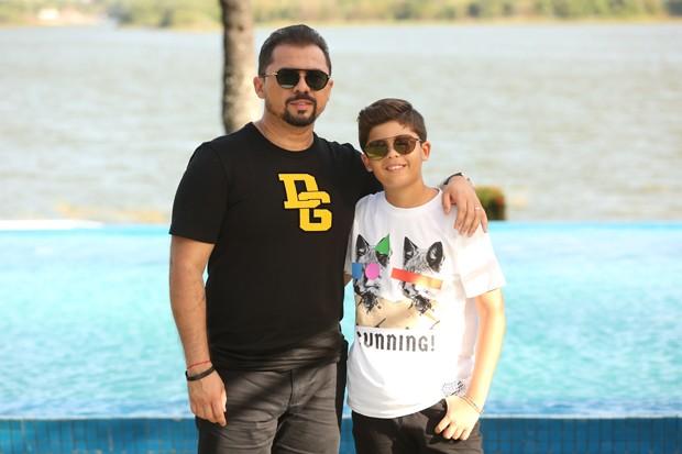 Enzo e Xand Avião (Foto: Nara Fassi/Divulgação)