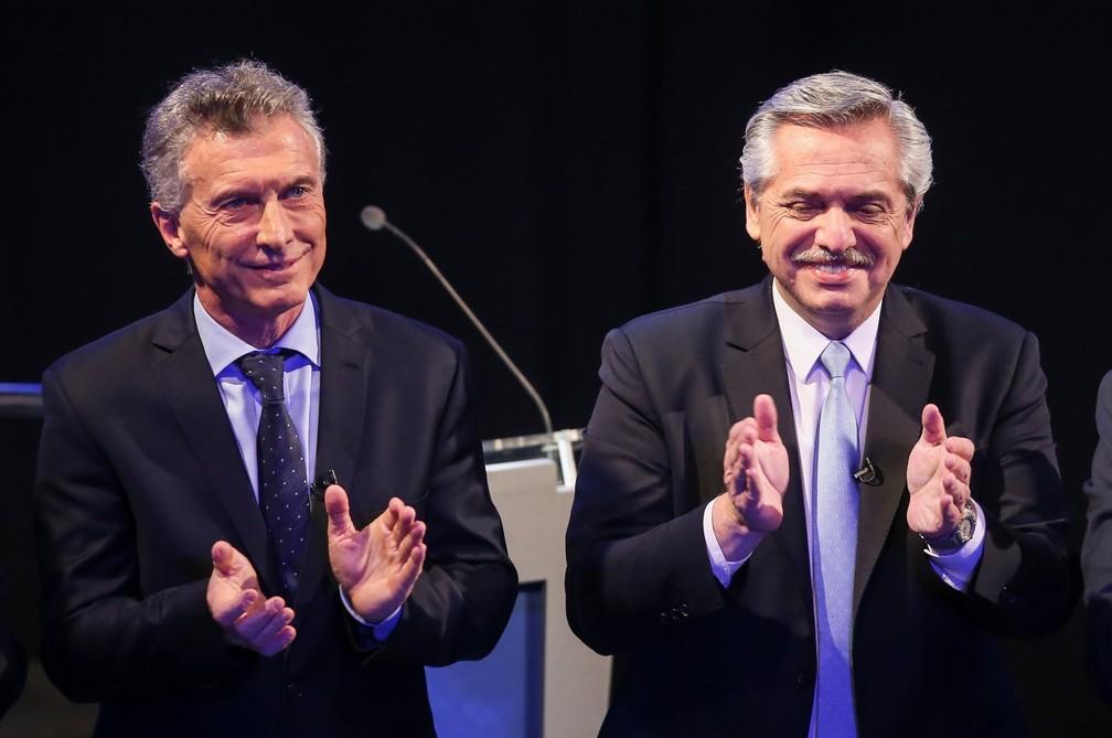Mauricio Macri e Alberto Fernández em debate durante a campanha — Foto: Reuters