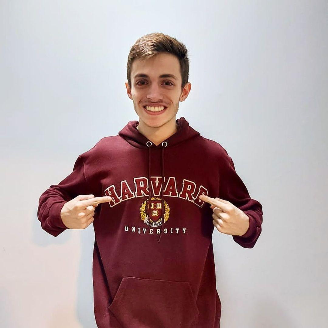 Estudante de Brasília consegue bolsa de estudos integral na Universidade de Harvard, nos EUA