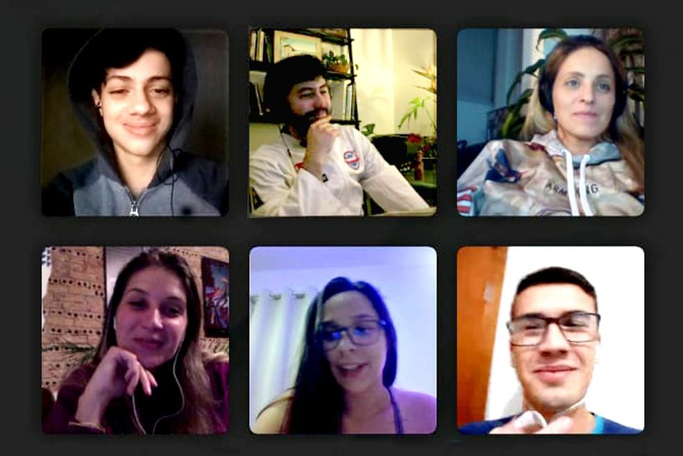 Equipe conversa durante chamada de vídeo — Foto: Heryvelton Martins/Arquivo pessoal