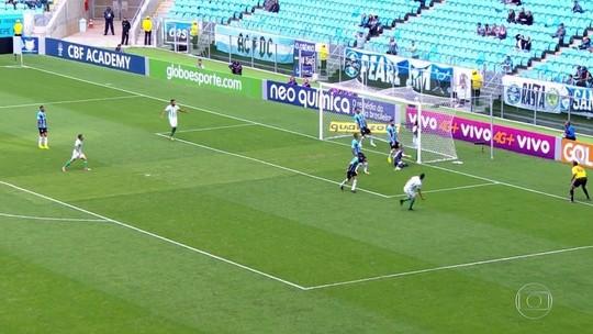 Palmeiras sobe para 2º e São Paulo respira; veja os gols do Fantástico