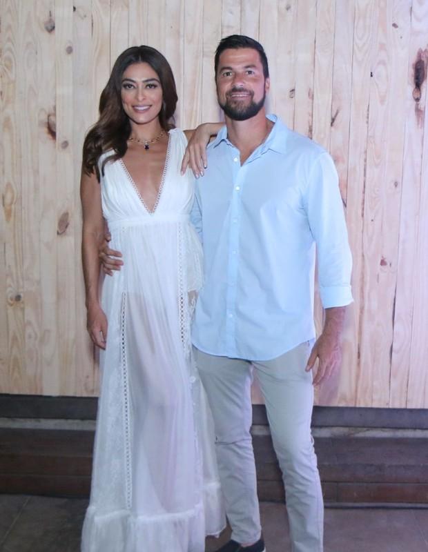 Juliana Paes e Carlos Eduardo Baptista (Foto: Daniel Pinheiro/AgNews)