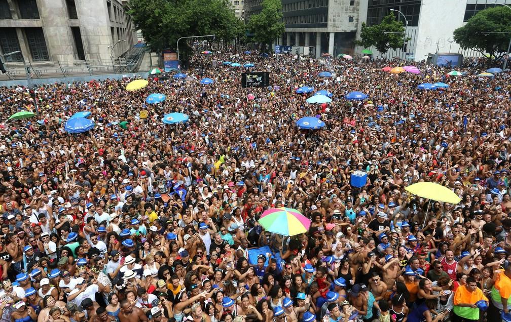 4e120aa136b ... Multidão no bloco das Poderosas no Rio em 2017 — Foto  Fernando Maia   Riotur
