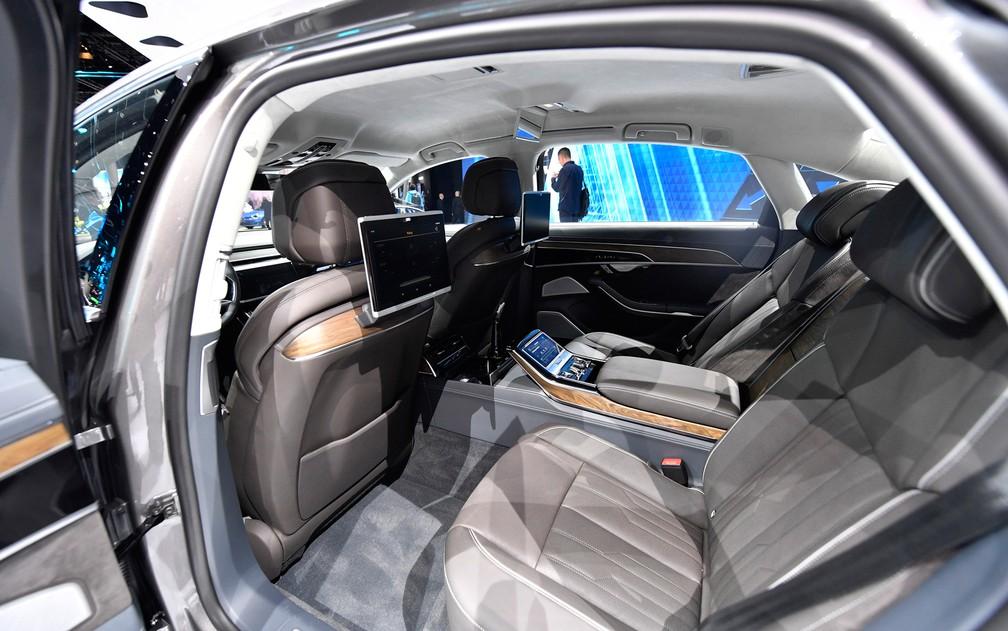 Audi A8 (Foto: Uli Deck/G1)