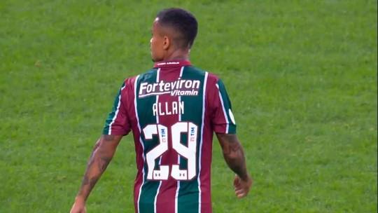 """Allan, do Fluminense, celebra nome na seleção olímpica: """"Um dos motivos de voltar ao Brasil"""""""