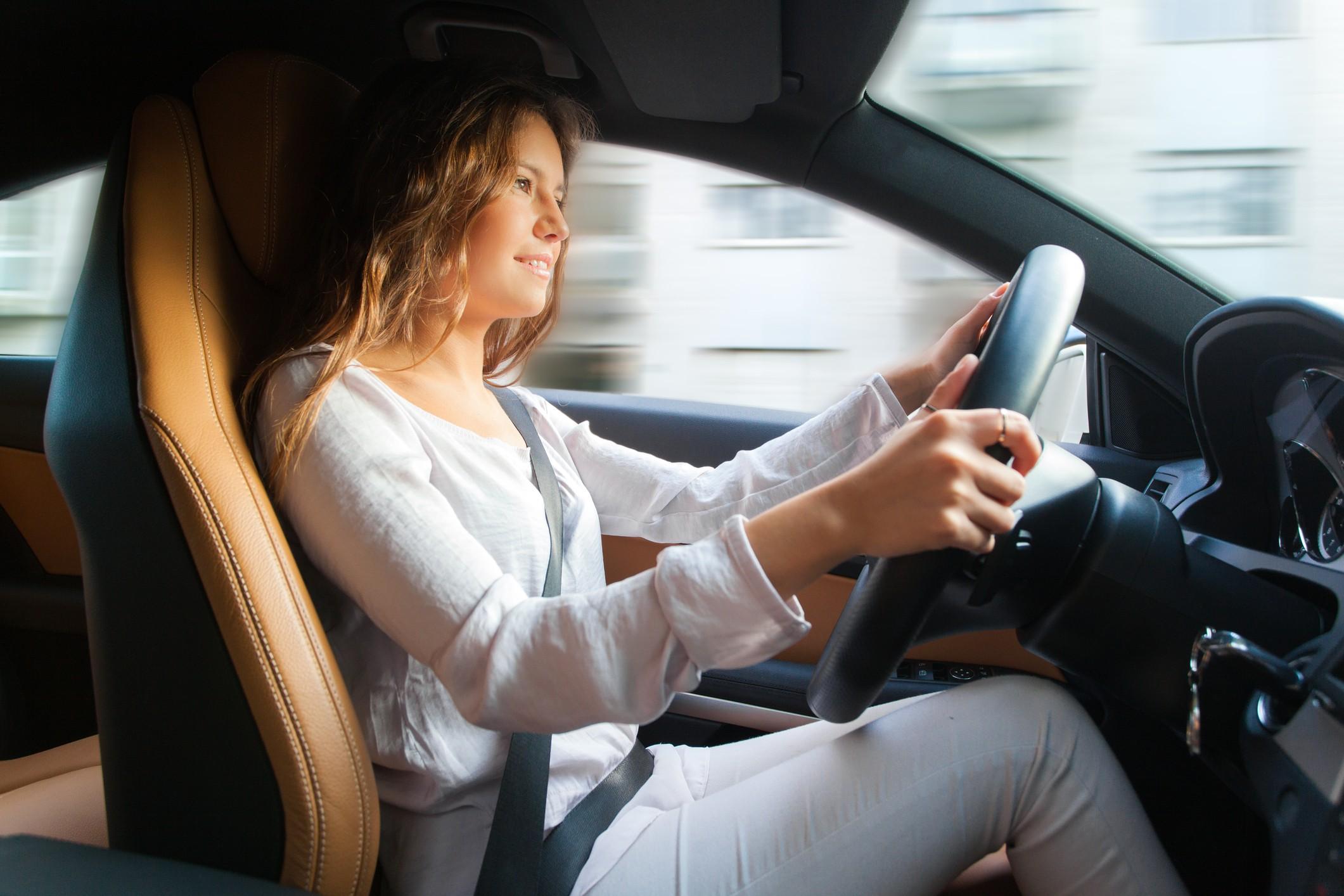 Tecnologias ajudam a manter o condutor alerta e seguro (Foto: Thinkstock)