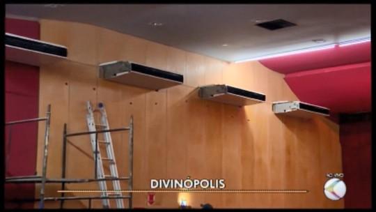 Após 9 meses, parte do novo sistema de refrigeração do Teatro Usina Gravatá em Divinópolis começa a funcionar