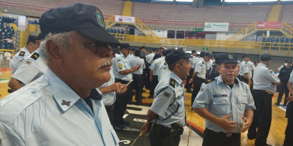 Sargento Nilton Uchoa retorna ao policiamento ostensivo após 4 anos na reserva — Foto: João Pedro Ribeiro/TVM
