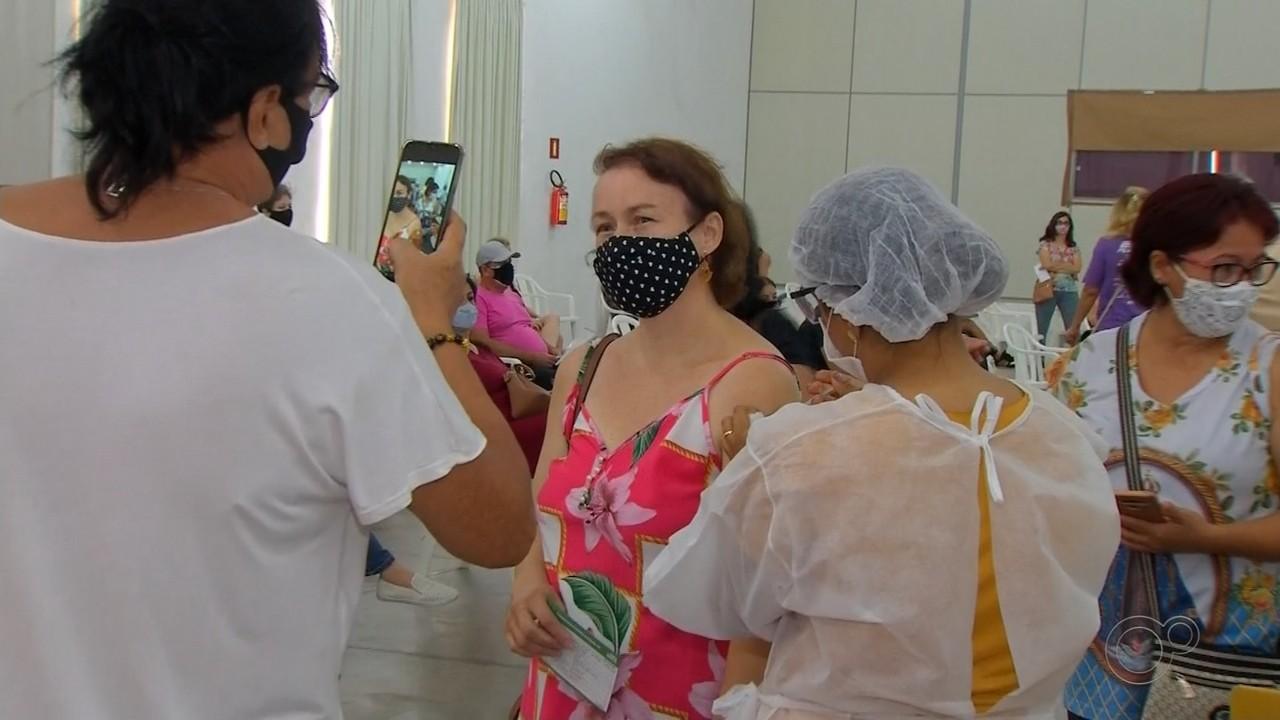 Rio Preto inicia vacinação de profissionais da educação neste sábado