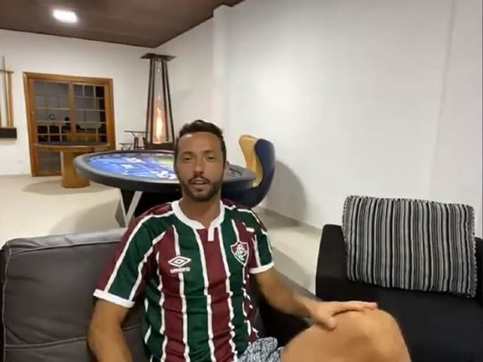 Nenê participou por videoconferência de sua casa em Jundiaí (SP) — Foto: Reprodução / FluTV
