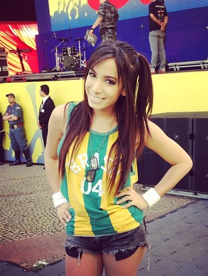 Anitta Brasil x México (Foto: Reprodução Internet)