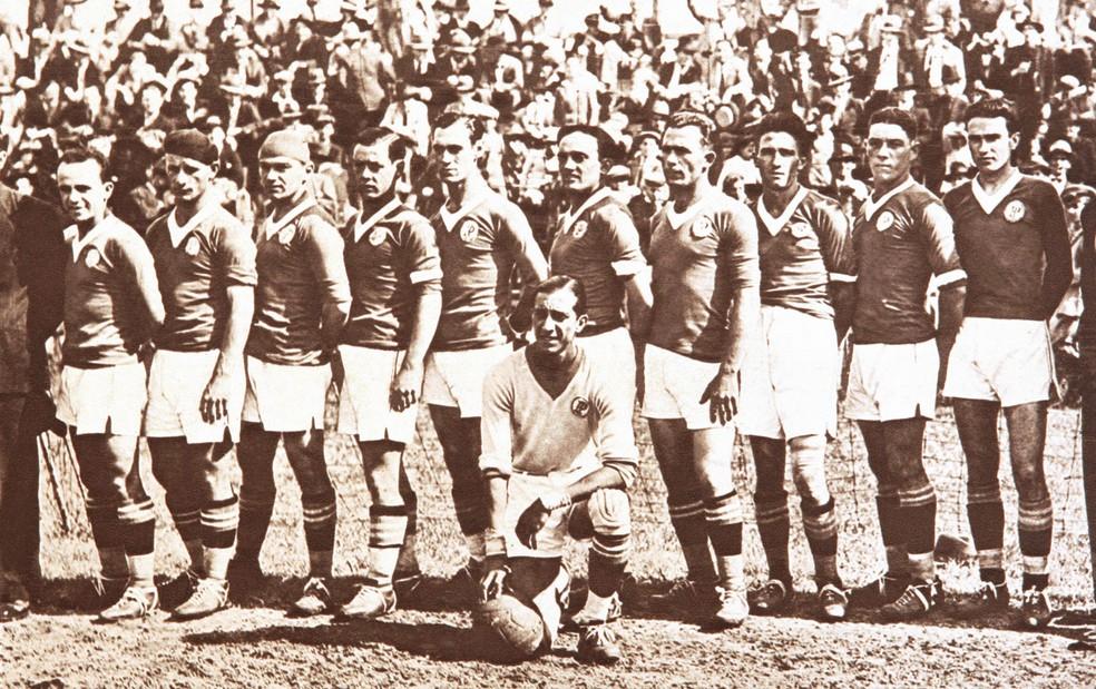 Palestra em 1933. Gino Imparato é o segundo da esquerda para a direita — Foto: Arquivo / Agência Estado