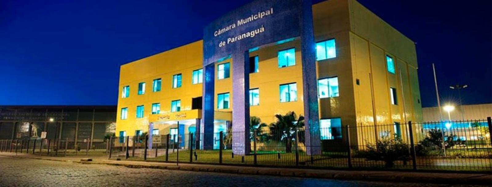 Vereadores aprovam aumento de salários do prefeito, vice e dos secretários de Paranaguá