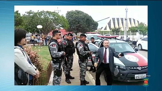 Promotor que deu voz de prisão a agentes penitenciários é afastado da função na PB