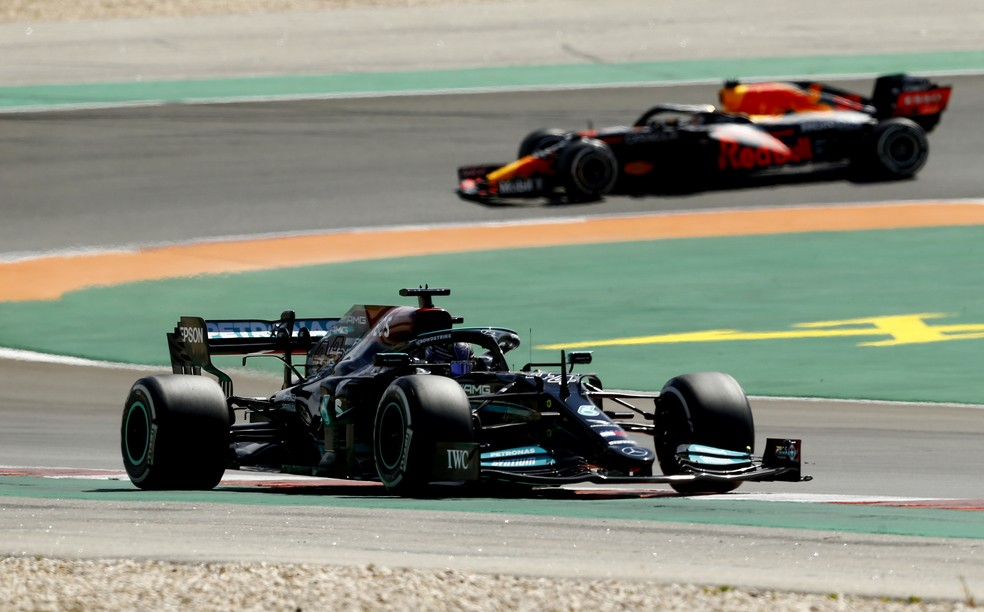 Lewis Hamilton no GP de Portugal — Foto:  REUTERS/Marcelo Del Pozo