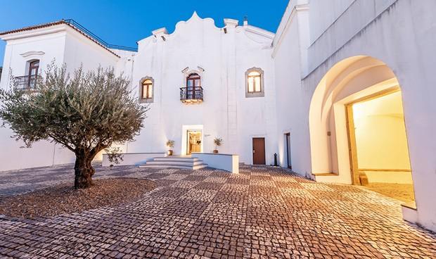 o Convento do Espinheiro Hotel & Spa, em Évora, na região do Alentejo, Portugal (Foto: Divulgação)