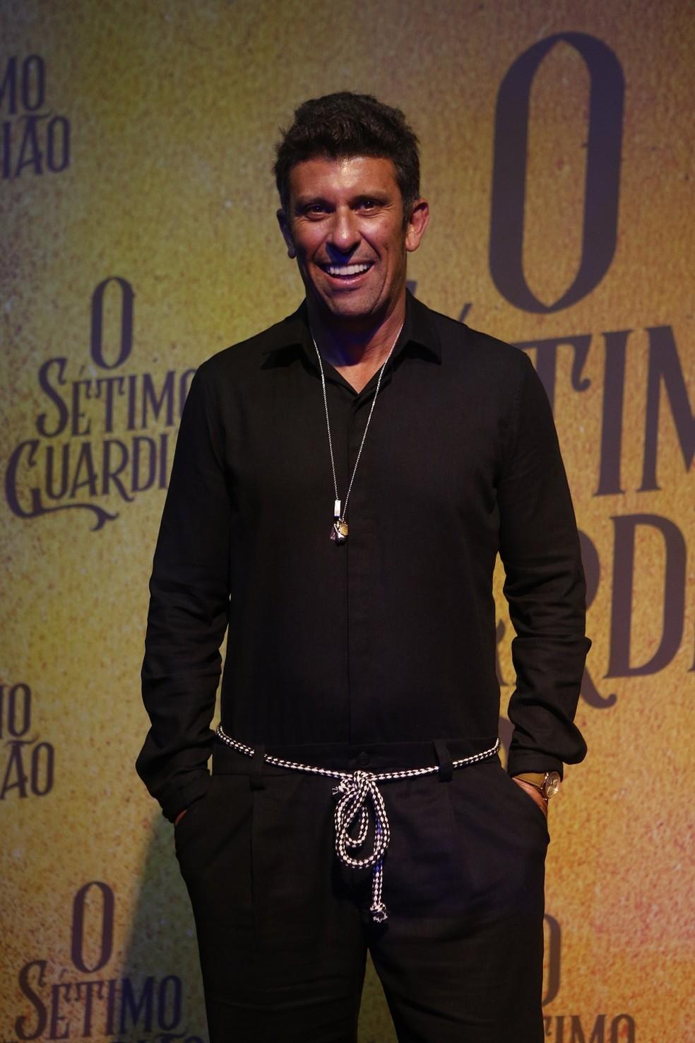 Milhem Cortaz será o delegado Machado, na nova novela das 9 — Foto: Fabiano Battaglin/Gshow