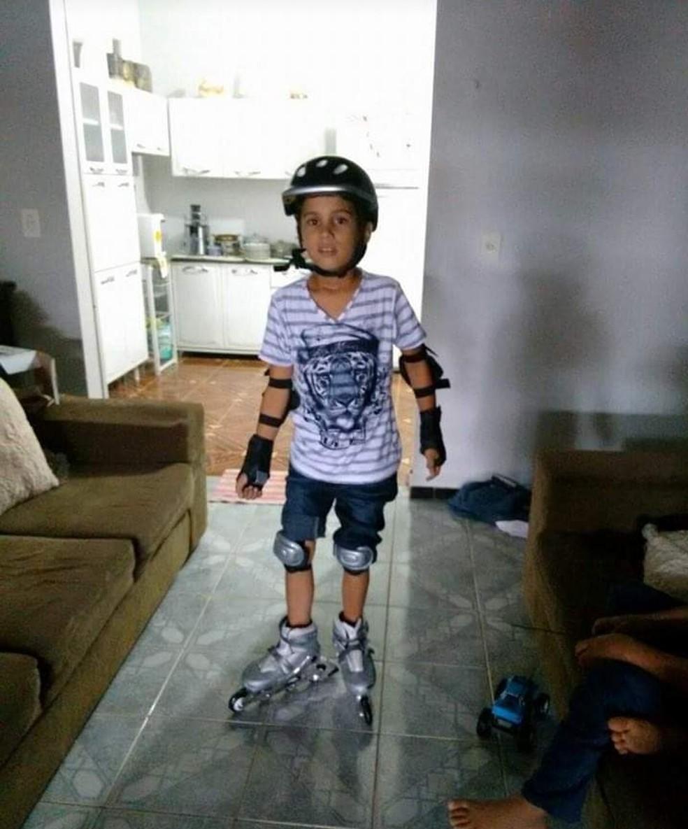 Bombeiros tentam localizar menino de 13 anos que sumiu em cachoeira no Dia  das Mães em RO | Rondônia | G1
