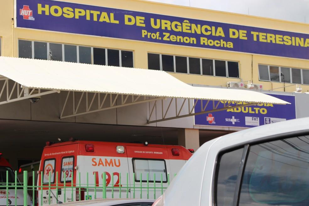 Casal foi atendido no Hospital de Urgência de Teresina (Foto: Fernando Brito/G1)
