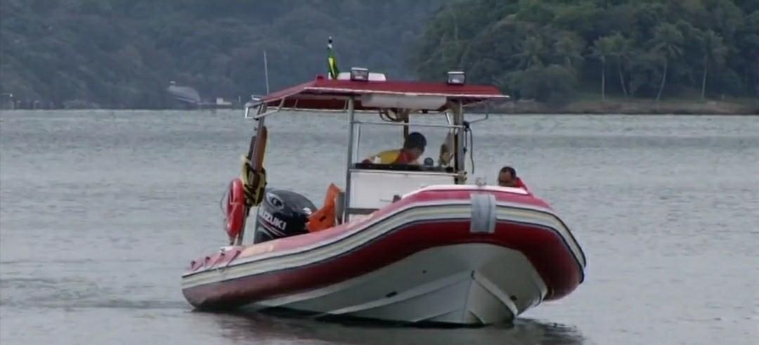 Identificada vítima que morreu após embarcação naufragar no mar de Angra dos Reis