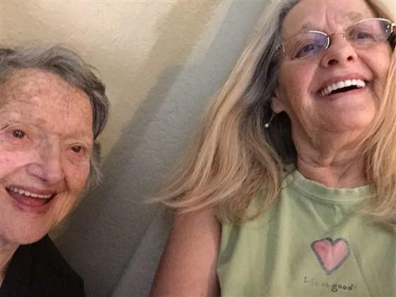 Mãe encontra filha quase 70 anos depois (Foto: reprodução instagram)