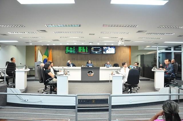 Dois projetos de lei são aprovados durante reunião ordinária na Câmara de Divinópolis - Notícias - Plantão Diário