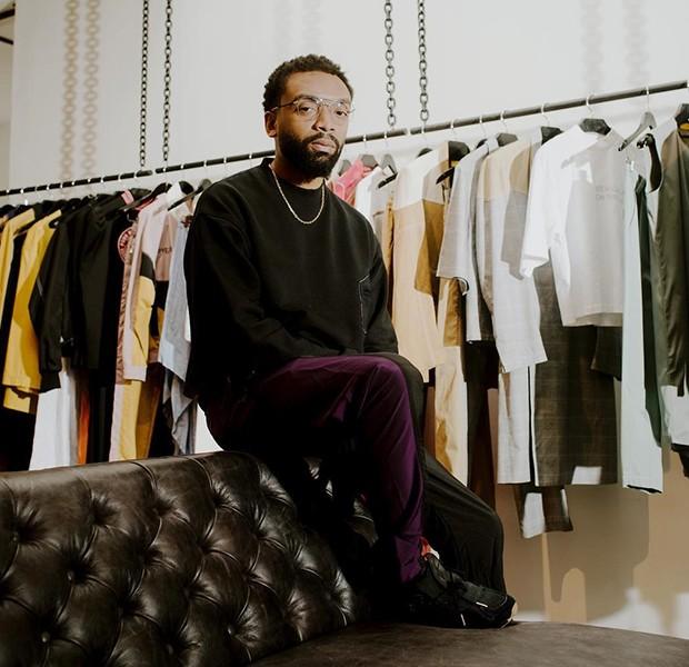 Kerby Jean-Raymond, diretor criativo da Pyer Moss.  (Foto: reprodução / instagram )