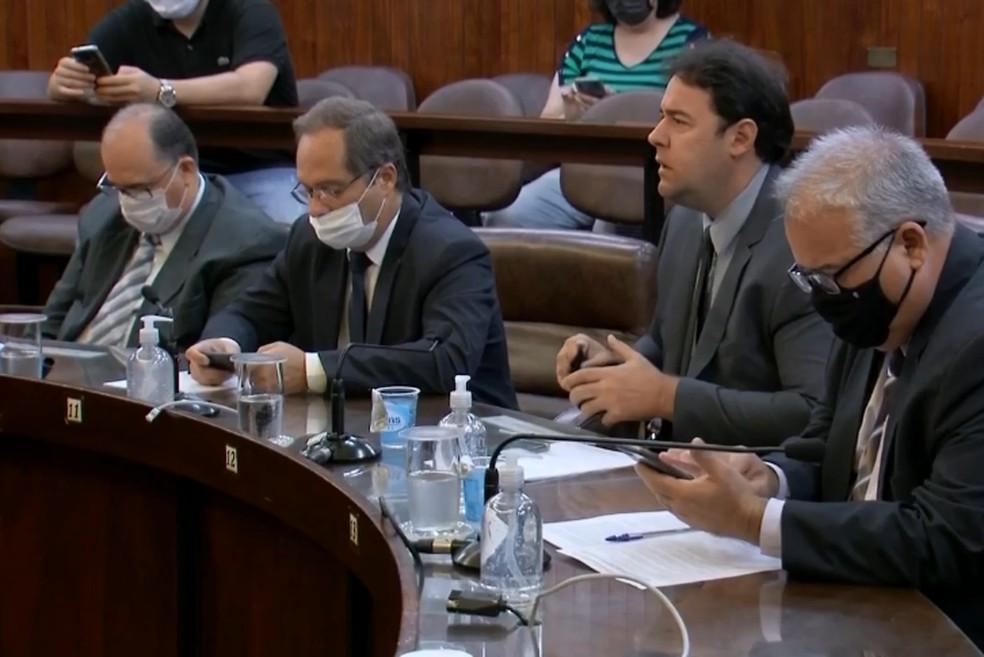 Sessão extraordinária foi realizada neste sábado (30) em Marília — Foto: TV TEM/Reprodução