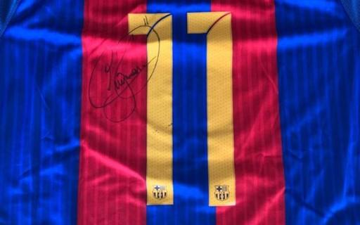 Com camiseta de Neymar e violão de Zezé Di Camargo, leilão arrecada R$ 400 mil para combater coronavírus