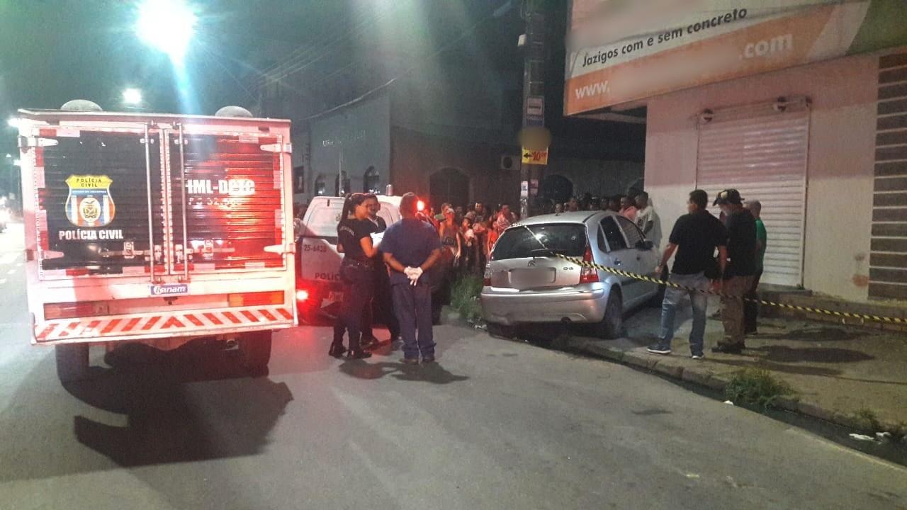 Jovem morre após ser baleado enquanto dirigia em Manaus; outros dois ocupantes ficaram feridos - Notícias - Plantão Diário