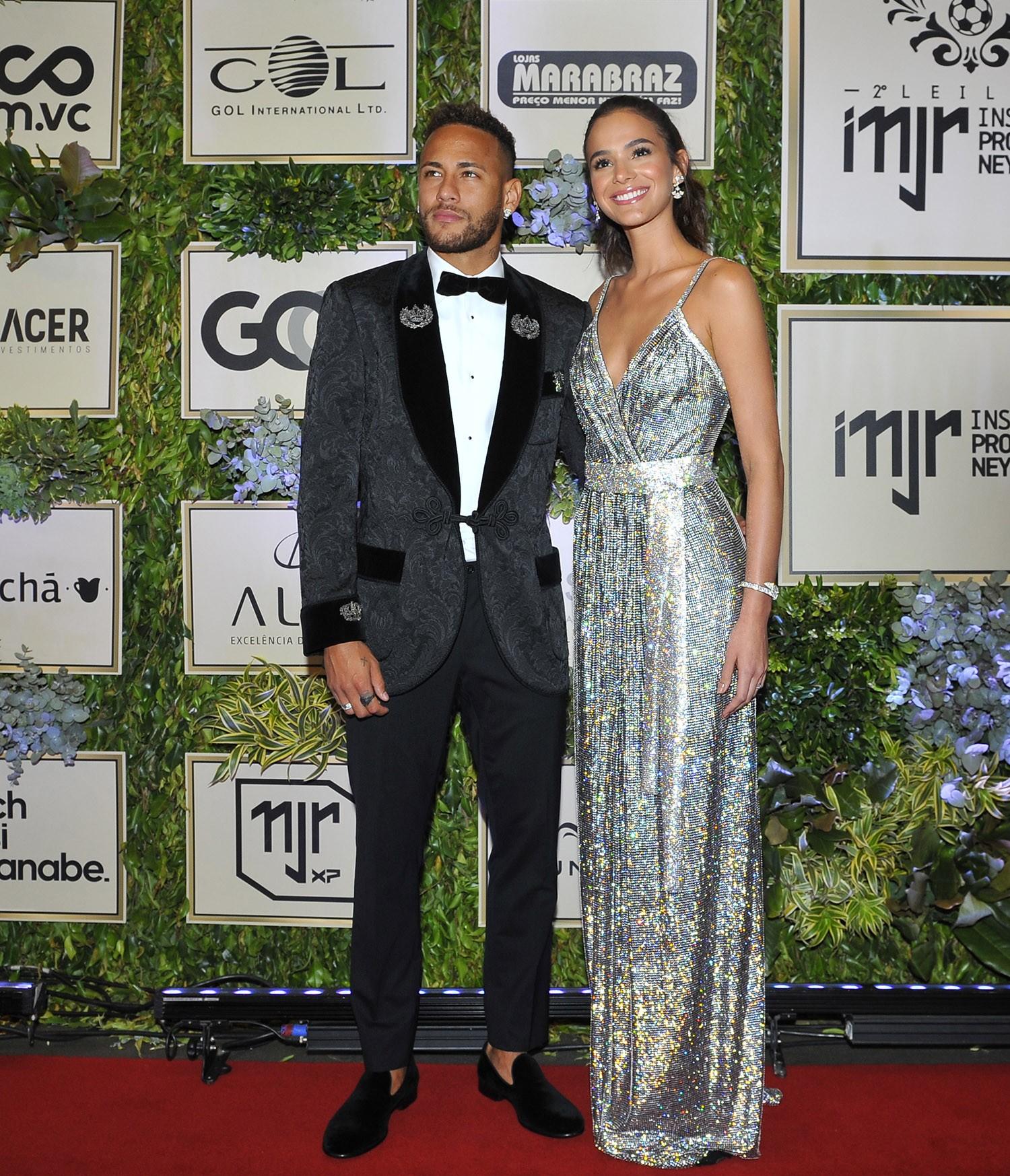 Bruna Marquezine e Neymar (Foto: Reprodução/ Divulgação/ Brazil News)