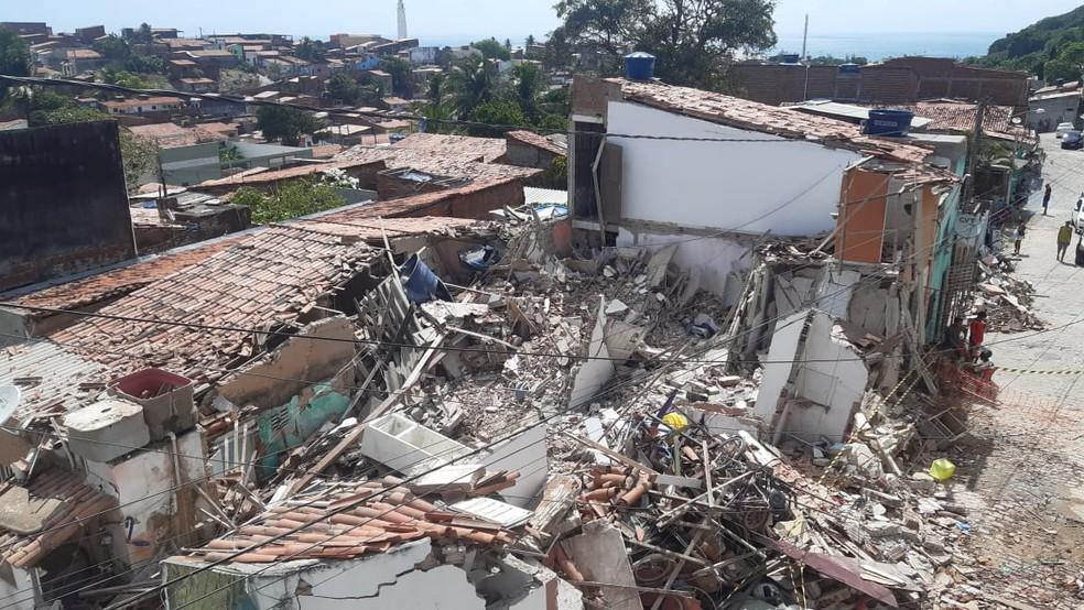 Desabamento de casa em Mãe Luiza, Zona Leste de Natal — Foto: Sérgio Henrique Santos/Inter TV Cabugi