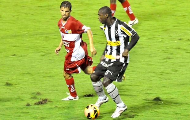 Seedorf jogo Botafogo CRB (Foto: Paulo Dimas / Agência Estado)
